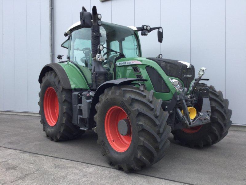 Traktor des Typs Fendt 724 Vario Profi, Gebrauchtmaschine in Mühlhausen-Ehingen (Bild 2)