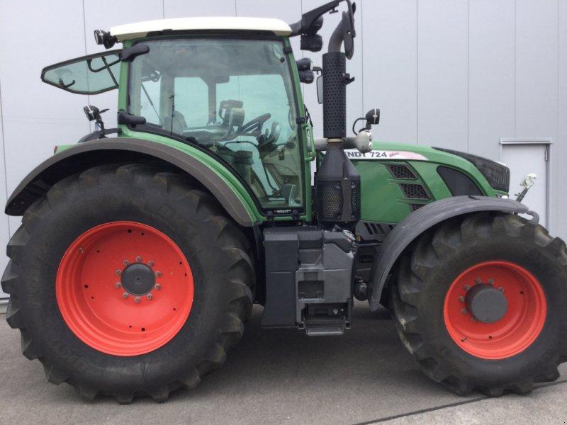 Traktor des Typs Fendt 724 Vario Profi, Gebrauchtmaschine in Mühlhausen-Ehingen (Bild 4)