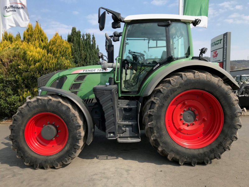 Traktor des Typs Fendt 724 Vario Profi, Gebrauchtmaschine in Linsengericht-Altenh (Bild 1)