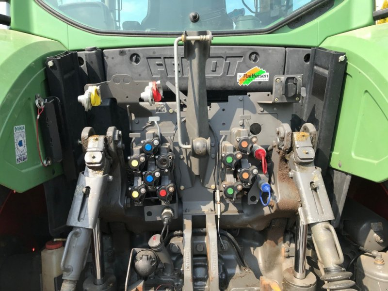 Traktor des Typs Fendt 724 Vario Profi, Gebrauchtmaschine in Linsengericht-Altenh (Bild 6)