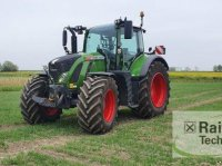Fendt 724 Vario S 4 ProfiPlus Traktor