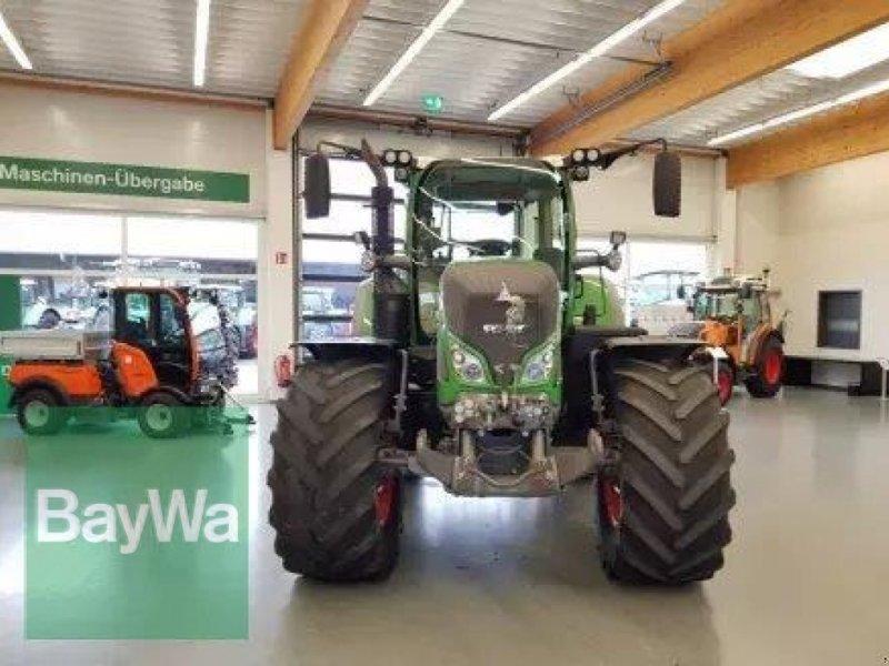 Traktor des Typs Fendt 724 Vario S4 Profi Plus mit RTK Trimple, Gebrauchtmaschine in Bamberg (Bild 2)