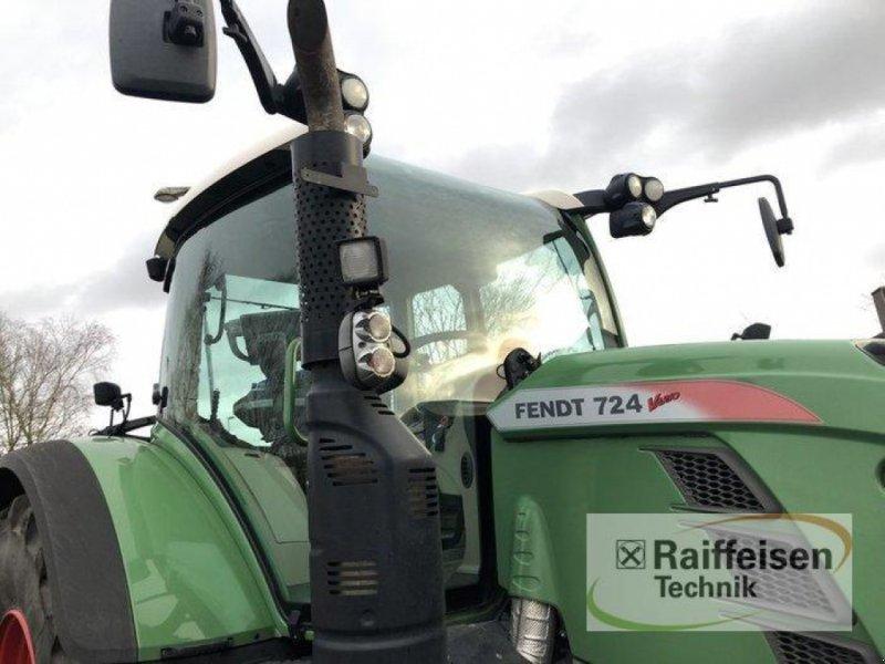 Traktor des Typs Fendt 724 Vario S4 Profi Plus, Gebrauchtmaschine in Bad Oldesloe (Bild 4)