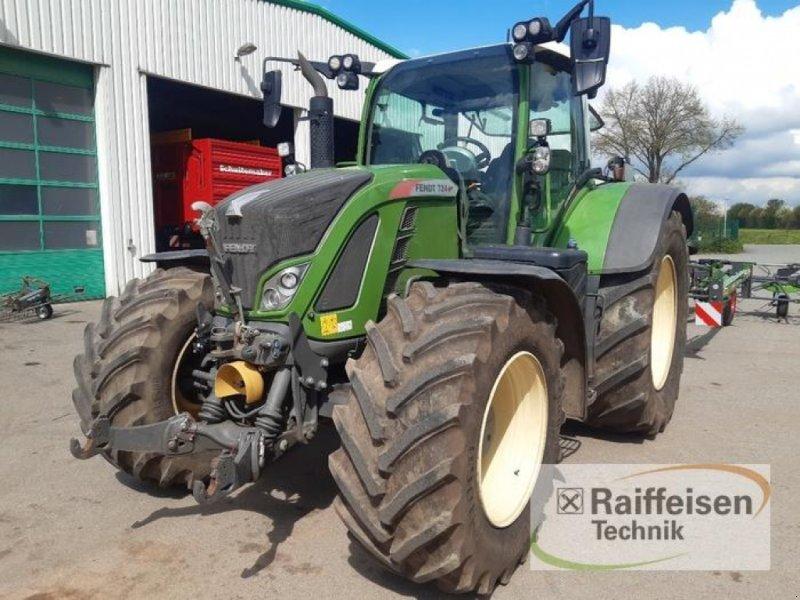 Traktor des Typs Fendt 724 Vario S4 ProfiPlus, Gebrauchtmaschine in Itzehoe (Bild 1)