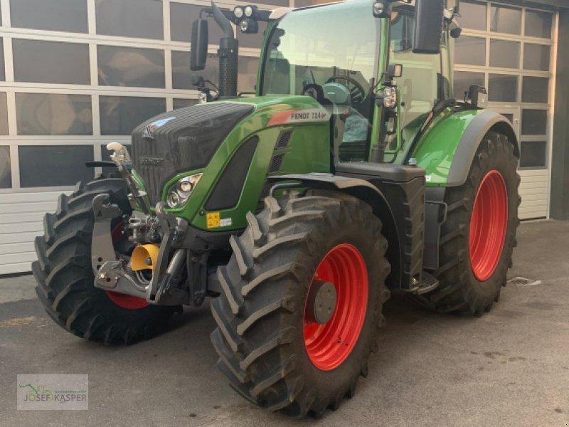 Traktor des Typs Fendt 724 Vario S4 ProfiPlus, Gebrauchtmaschine in Alitzheim (Bild 1)