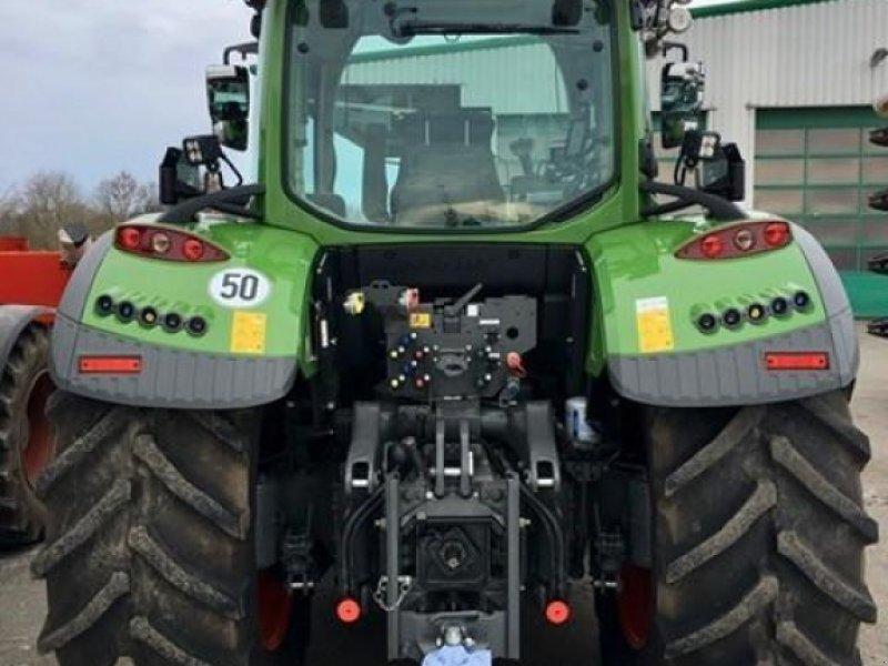 Traktor типа Fendt 724 Vario S4, Gebrauchtmaschine в Gnutz (Фотография 9)