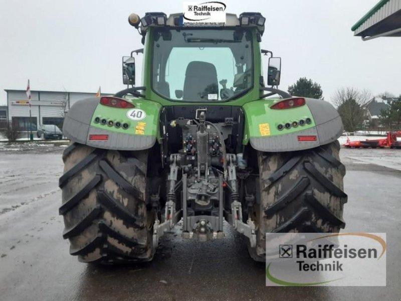 Traktor des Typs Fendt 724 Vario S4, Gebrauchtmaschine in Gnutz (Bild 5)