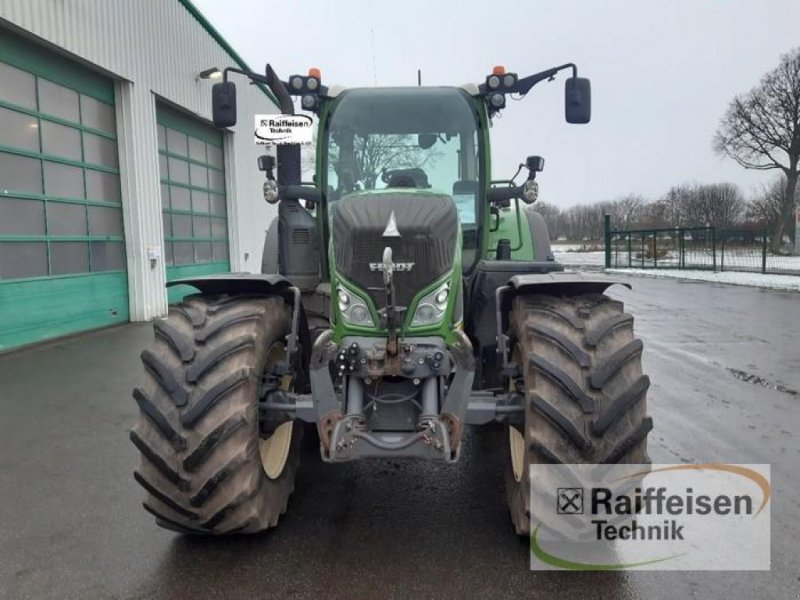 Traktor des Typs Fendt 724 Vario S4, Gebrauchtmaschine in Gnutz (Bild 2)