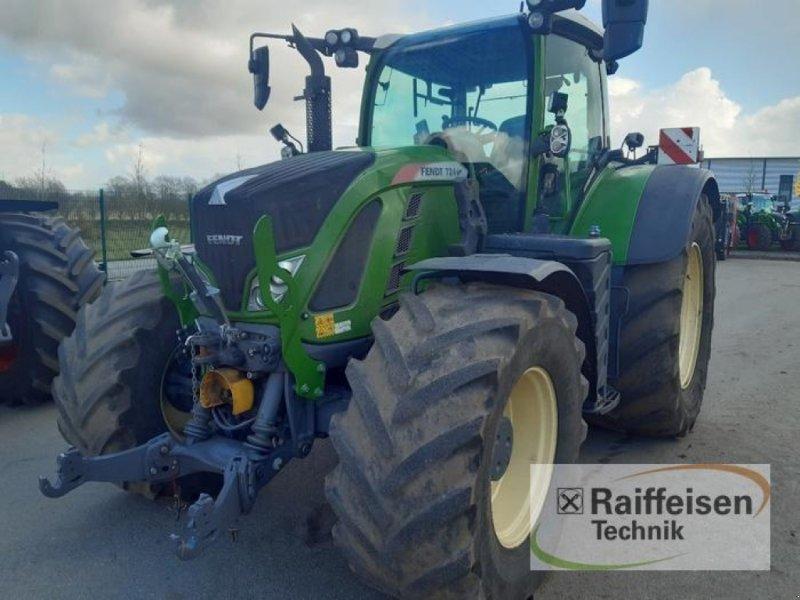 Traktor типа Fendt 724 Vario S4, Gebrauchtmaschine в Gnutz (Фотография 1)