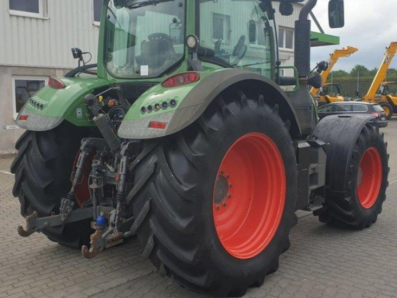 Traktor des Typs Fendt 724 VARIO SCR PROFI PLUS, Gebrauchtmaschine in Calbe / Saale (Bild 5)