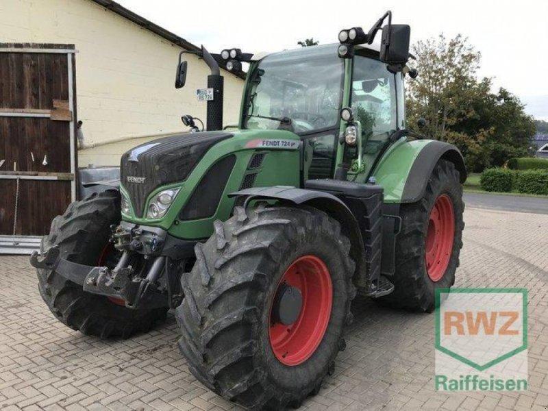Traktor des Typs Fendt 724 Vario SCR Profi, Gebrauchtmaschine in Friedberg (Bild 1)