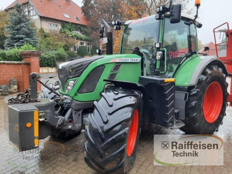 Traktor des Typs Fendt 724 Vario SCR, Gebrauchtmaschine in Ilsede- Gadenstedt (Bild 1)