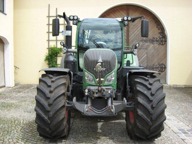 Traktor des Typs Fendt 724 Vario SCR, Gebrauchtmaschine in Velburg (Bild 3)