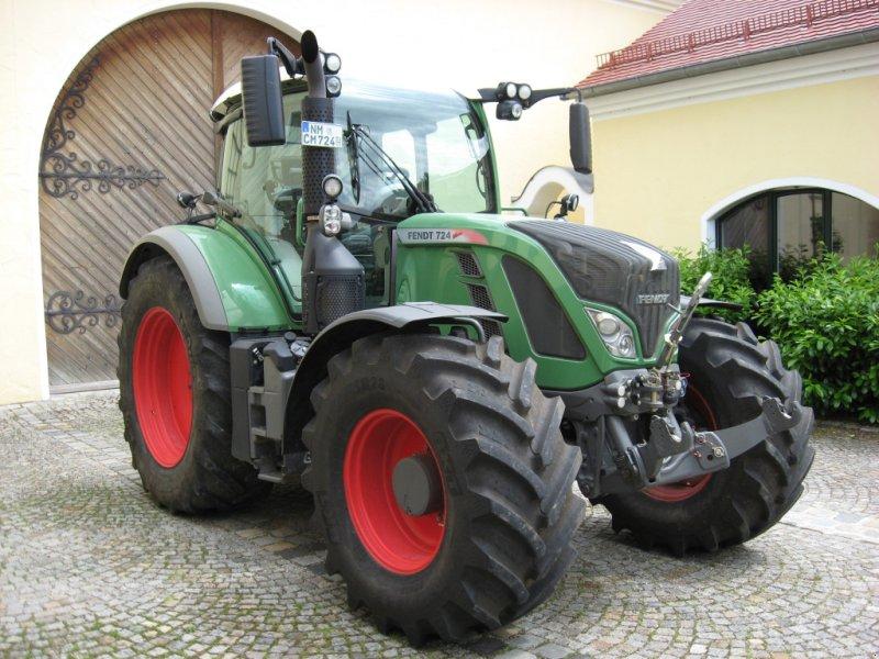Traktor des Typs Fendt 724 Vario SCR, Gebrauchtmaschine in Velburg (Bild 4)