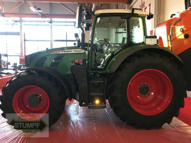 Traktor of the type Fendt 724 Vario, Neumaschine in Grafenstein (Picture 8)