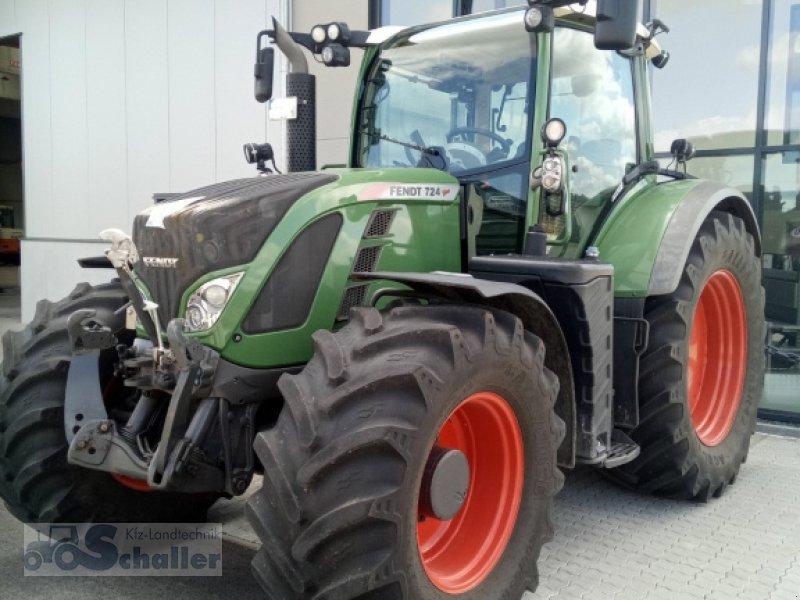Traktor типа Fendt 724 Vario, Gebrauchtmaschine в Treuchtlingen (Фотография 1)