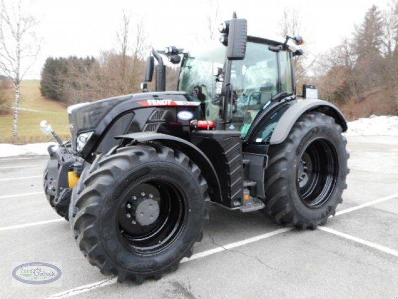 Traktor des Typs Fendt 724 Vario, Neumaschine in Münzkirchen (Bild 1)