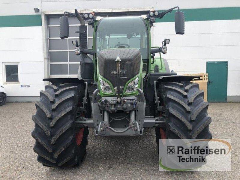 Traktor des Typs Fendt 724 Vario, Gebrauchtmaschine in Bad Oldesloe (Bild 3)