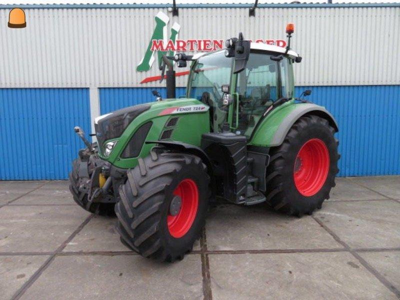 Traktor типа Fendt 724, Gebrauchtmaschine в Zoetermeer (Фотография 1)