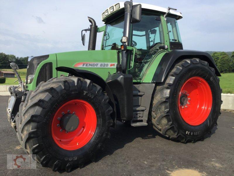 Traktor des Typs Fendt 820 Vario TMS gepflegter Zustand neuer Motor sofort Einsatzbereit, Gebrauchtmaschine in Tiefenbach (Bild 3)