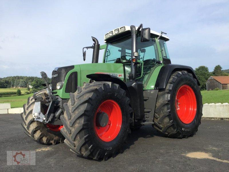 Traktor des Typs Fendt 820 Vario TMS gepflegter Zustand neuer Motor sofort Einsatzbereit, Gebrauchtmaschine in Tiefenbach (Bild 4)
