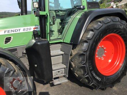 Traktor des Typs Fendt 820 Vario TMS gepflegter Zustand neuer Motor sofort Einsatzbereit, Gebrauchtmaschine in Tiefenbach (Bild 13)