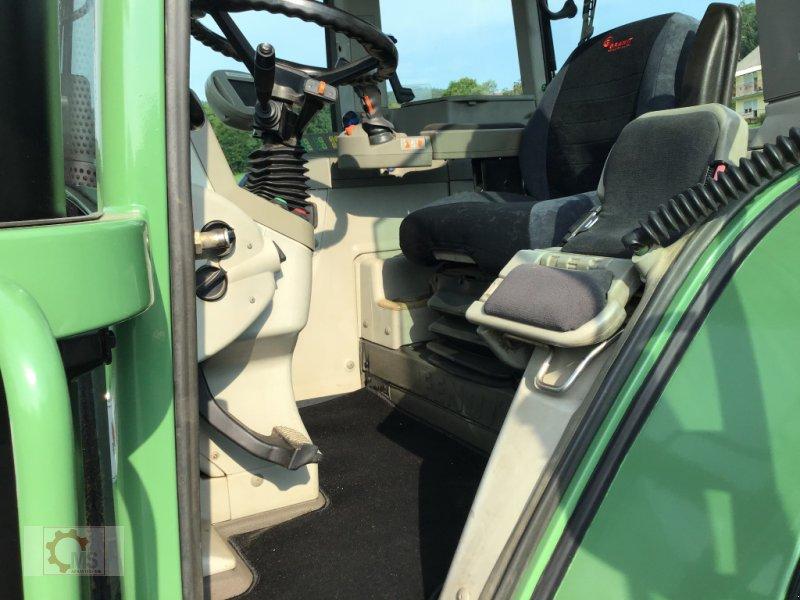 Traktor des Typs Fendt 820 Vario TMS gepflegter Zustand neuer Motor sofort Einsatzbereit, Gebrauchtmaschine in Tiefenbach (Bild 15)