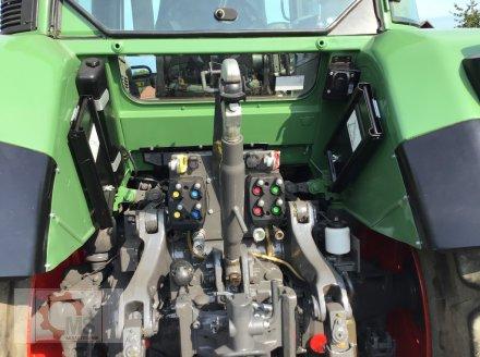 Traktor des Typs Fendt 820 Vario TMS gepflegter Zustand neuer Motor sofort Einsatzbereit, Gebrauchtmaschine in Tiefenbach (Bild 16)