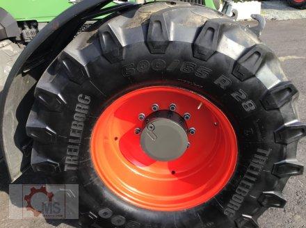 Traktor des Typs Fendt 820 Vario TMS gepflegter Zustand neuer Motor sofort Einsatzbereit, Gebrauchtmaschine in Tiefenbach (Bild 22)