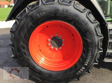 Traktor des Typs Fendt 820 Vario TMS gepflegter Zustand neuer Motor sofort Einsatzbereit, Gebrauchtmaschine in Tiefenbach (Bild 24)