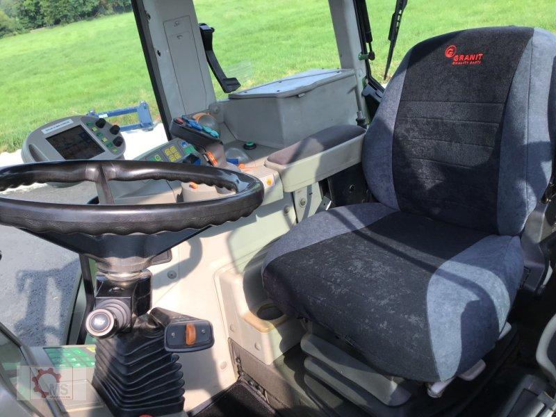 Traktor des Typs Fendt 820 Vario TMS gepflegter Zustand neuer Motor sofort Einsatzbereit, Gebrauchtmaschine in Tiefenbach (Bild 26)
