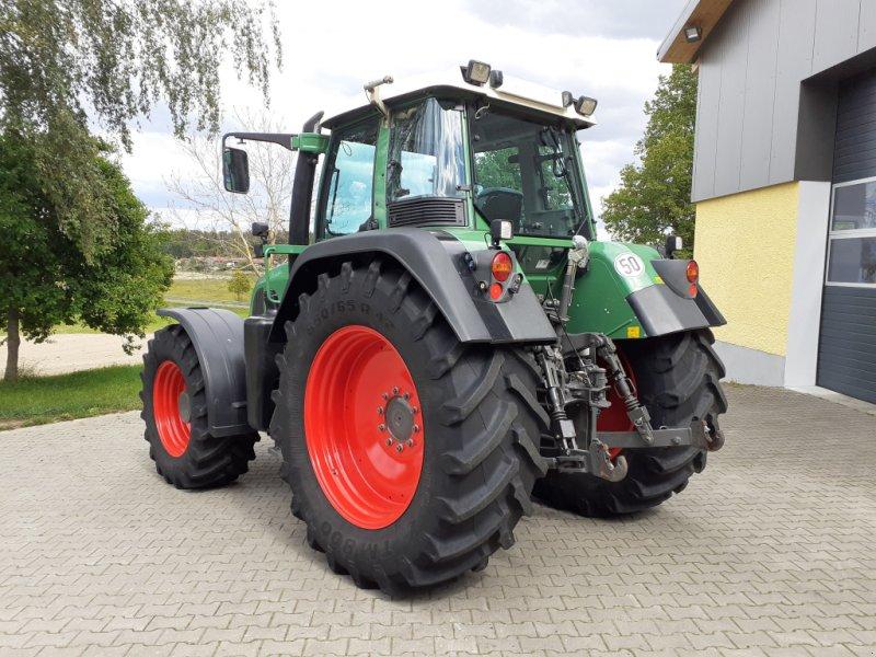 Traktor des Typs Fendt 820 Vario TMS Neuzustand, Gebrauchtmaschine in Tirschenreuth (Bild 3)