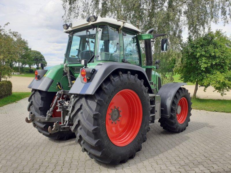 Traktor des Typs Fendt 820 Vario TMS Neuzustand, Gebrauchtmaschine in Tirschenreuth (Bild 5)