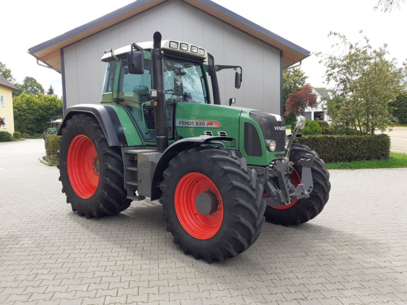 Traktor des Typs Fendt 820 Vario TMS Neuzustand, Gebrauchtmaschine in Tirschenreuth (Bild 7)