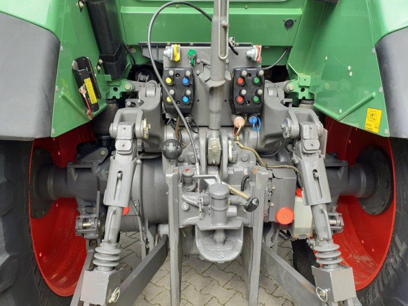 Traktor des Typs Fendt 820 Vario TMS Neuzustand, Gebrauchtmaschine in Tirschenreuth (Bild 11)