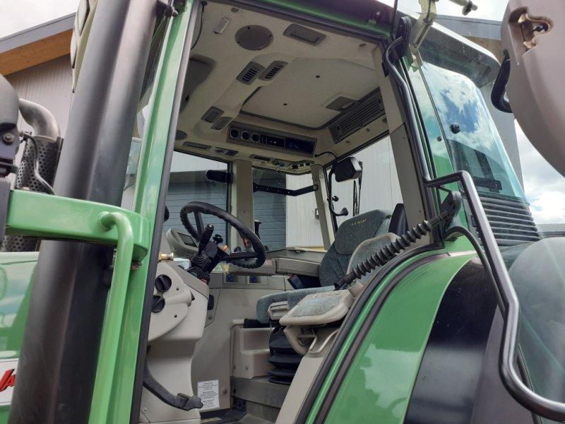Traktor des Typs Fendt 820 Vario TMS Neuzustand, Gebrauchtmaschine in Tirschenreuth (Bild 13)