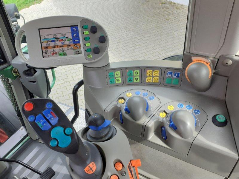 Traktor des Typs Fendt 820 Vario TMS Neuzustand, Gebrauchtmaschine in Tirschenreuth (Bild 16)
