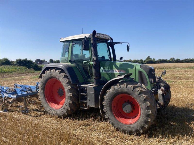 Traktor типа Fendt 820 Vario TMS, Gebrauchtmaschine в Gråsten (Фотография 1)