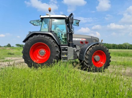 Traktor des Typs Fendt 820 Vario TMS, Gebrauchtmaschine in Almelo (Bild 4)