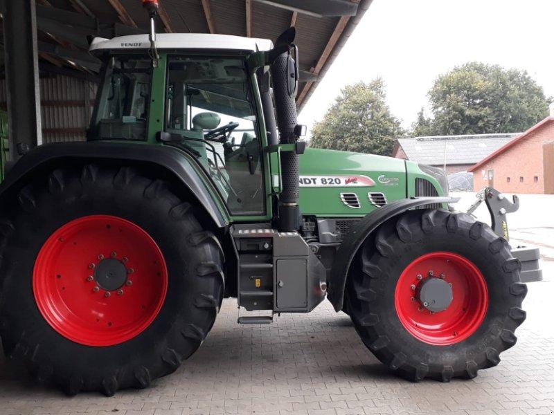Traktor типа Fendt 820 Vario TMS, Gebrauchtmaschine в Donaueschingen (Фотография 1)