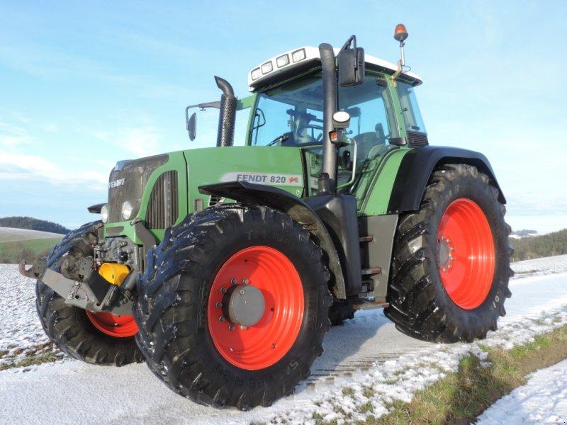 Traktor des Typs Fendt 820 Vario TMS, Gebrauchtmaschine in Lohnsburg (Bild 1)