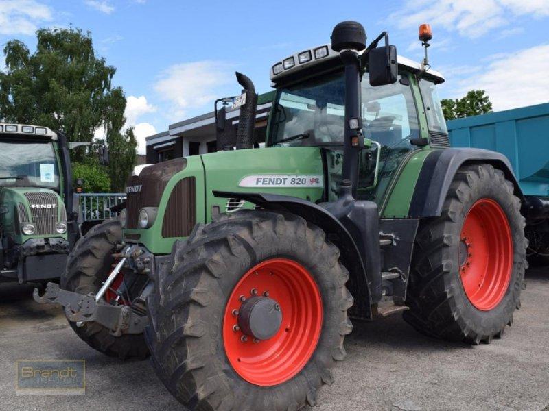Traktor des Typs Fendt 820 Vario, Gebrauchtmaschine in Bremen (Bild 2)