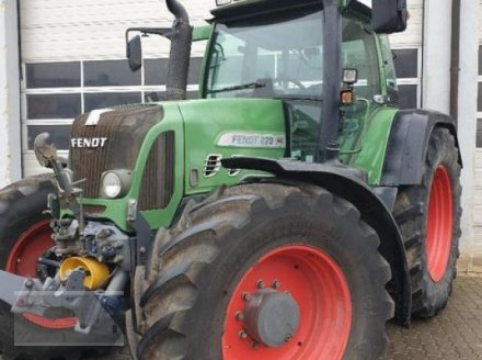 Traktor des Typs Fendt 820 Vario, Gebrauchtmaschine in Kleinlangheim - Atzhausen (Bild 1)