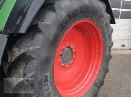 Traktor des Typs Fendt 820 Vario, Gebrauchtmaschine in Kleinlangheim - Atzhausen (Bild 3)