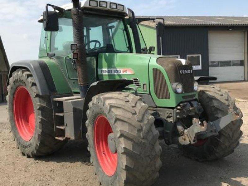 Traktor des Typs Fendt 820 Vario, Gebrauchtmaschine in Süderlügum (Bild 14)