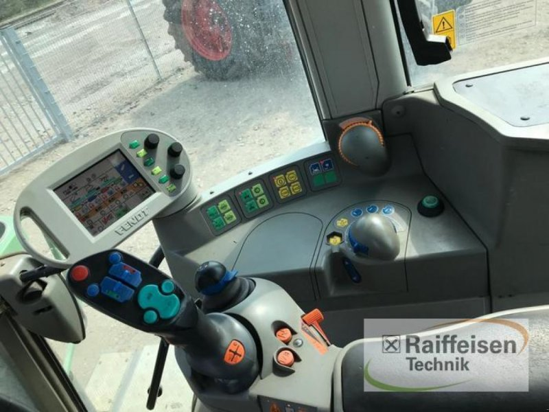 Traktor des Typs Fendt 820 Vario, Gebrauchtmaschine in Süderlügum (Bild 6)