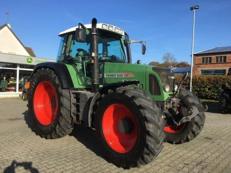 Traktor des Typs Fendt 820 Vario, Gebrauchtmaschine in Plau am See / OT Klebe (Bild 1)