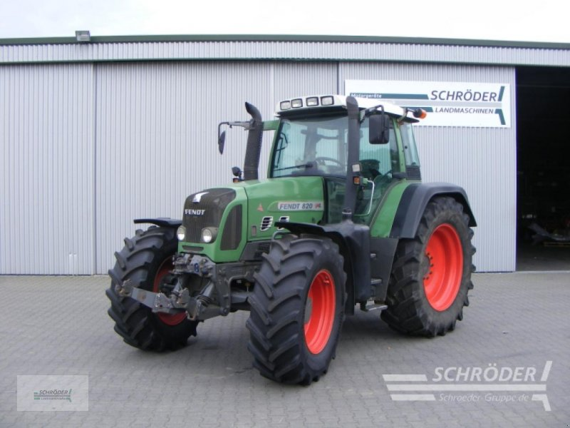 Traktor des Typs Fendt 820 VARIO, Gebrauchtmaschine in Schwarmstedt (Bild 1)