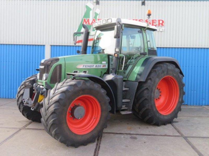Traktor des Typs Fendt 820, Gebrauchtmaschine in Joure (Bild 1)
