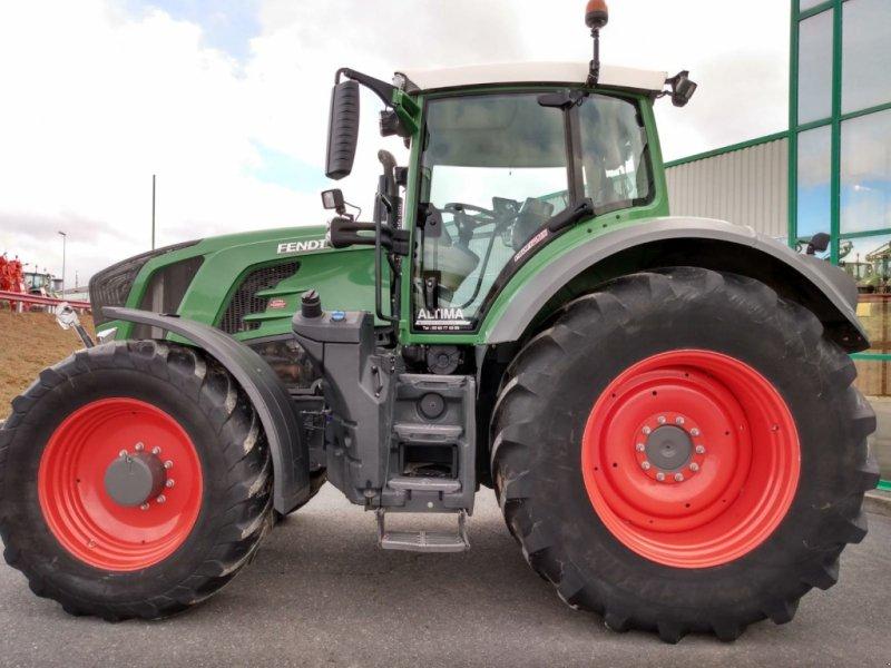 Traktor des Typs Fendt 824 PROFI+, Gebrauchtmaschine in CALMONT (Bild 1)